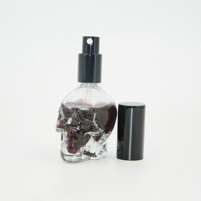 Wholesale 30ml 50ml 60ml skull shape perfume spray bottle