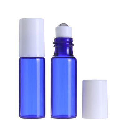 China supplier 5 ml Blue Mini Sample Fragrance Glass Roll On Perfume Bottle with glass Roller white cap eye serum packaging