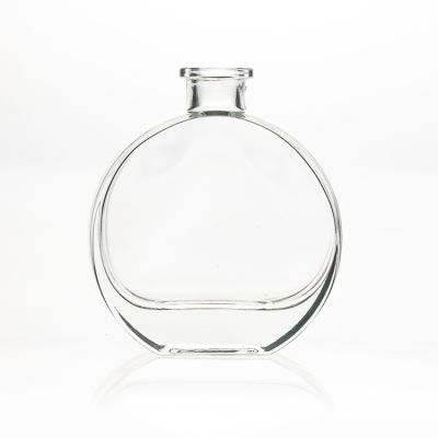Hot sale classic style 100ml flat round shape glass diffuser bottle wholesale